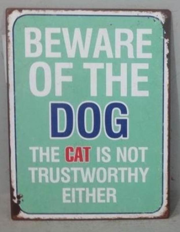 Sinal Beware of the Dog...